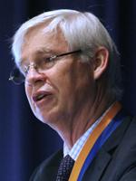 Dr. Robert F. Engle