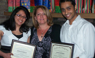 Lisa Kellerman, associate director of Graduate Business Career Services (center) with Zarb graduate student leaders