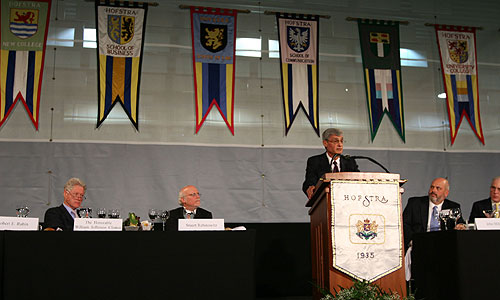 Robert Rubin speaks at the Presidential Conference Luncheon