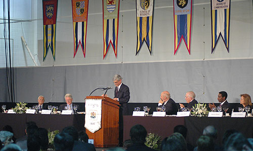 The dais at the Presidential Conference Luncheon