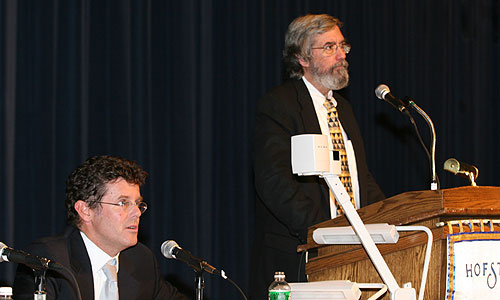 (l to r) Jake Siewert and Hofstra professor Steven Knowlton on the Considering the Press panel