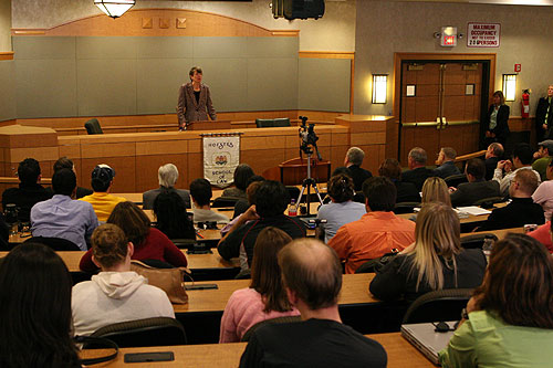 Janet Reno speaks to students at the Hofstra Law School